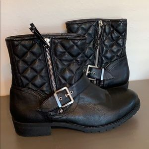 Black New Directions boots